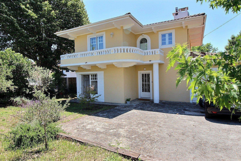 ARCACHON   Family Villa 4 Bedrooms